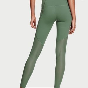 Knockout by Victoria's Secret Tight / Collant Workout Fitness Bottoms | Size: XS